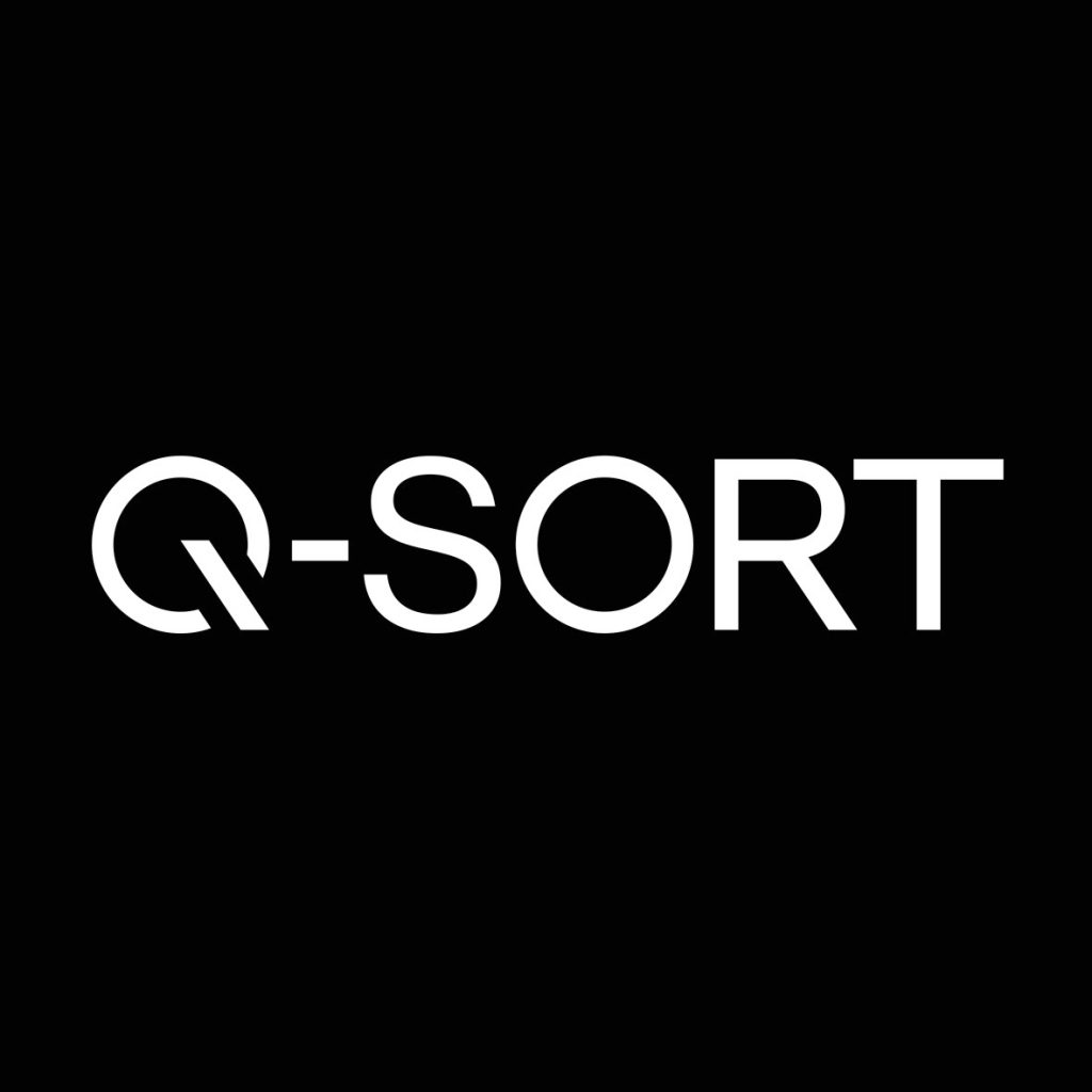 Q-SORT logo